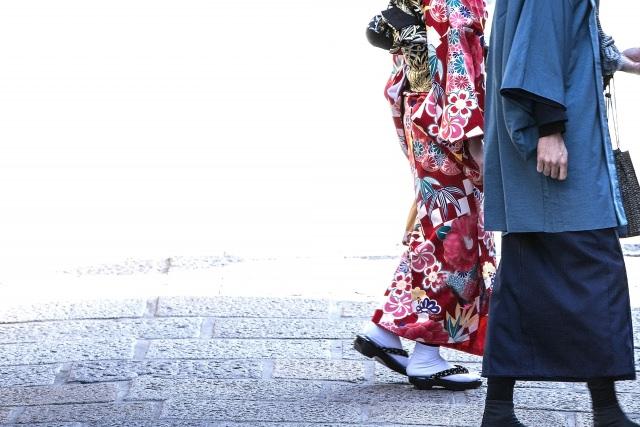 着物を着て日本橋を散策「茶友倶楽部 空門」