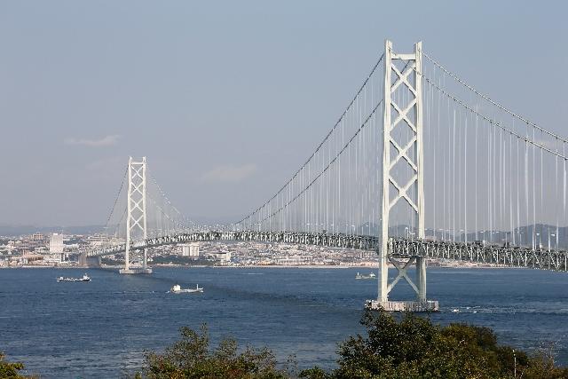 7. ギネスに認定された世界最長の「明石海峡大橋」