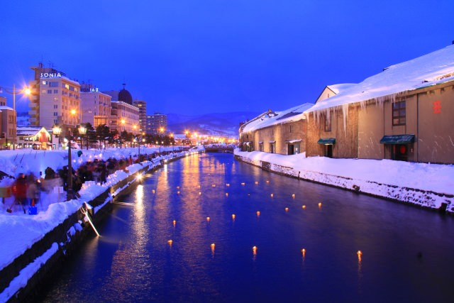10. 小樽を象徴する景色を楽しむ「小樽運河」