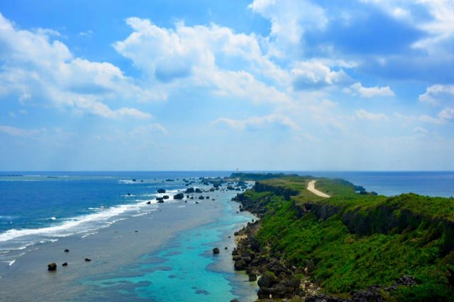 7. 日本百景のひとつにも数えらえる絶景の「東平安名崎」