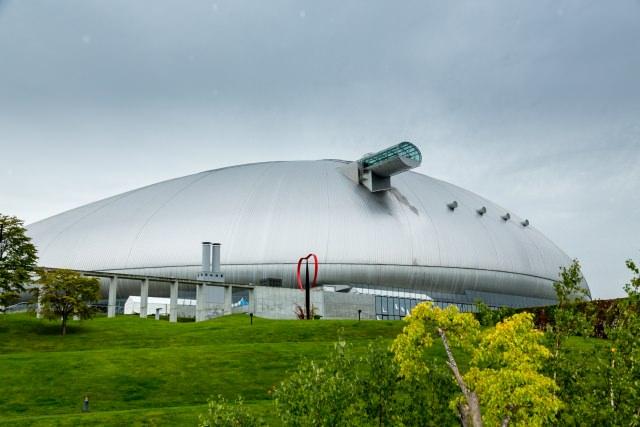 1. 北海道のスポーツの聖地「札幌ドーム」