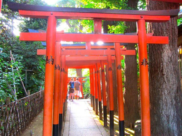 6. 花園稲荷神社