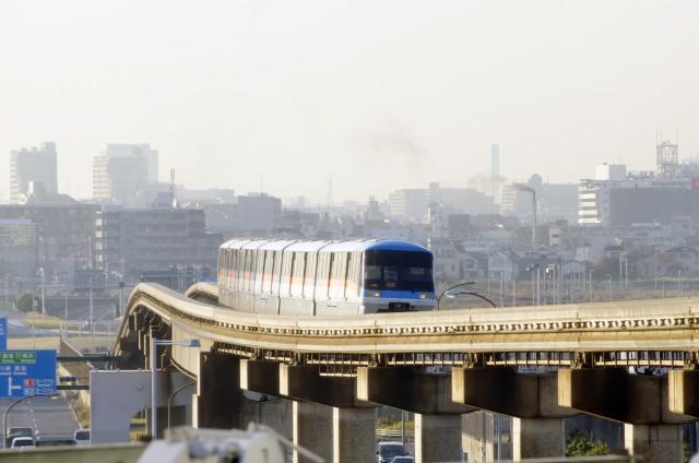 1. 電車・モノレールでのアクセス