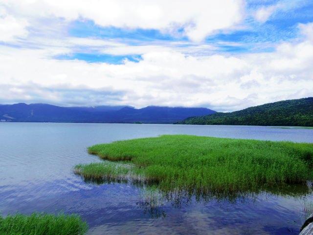 2. 自然が作り出した独特な地形「阿寒湖」