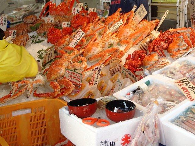 早朝から贅沢に!函館朝市で必ず食べたいおすすめの海鮮丼の名店10選!