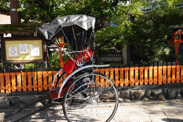 4. 観光なら一度は経験してみたい。情緒に溢れた街並みを眺める旅「人力車」