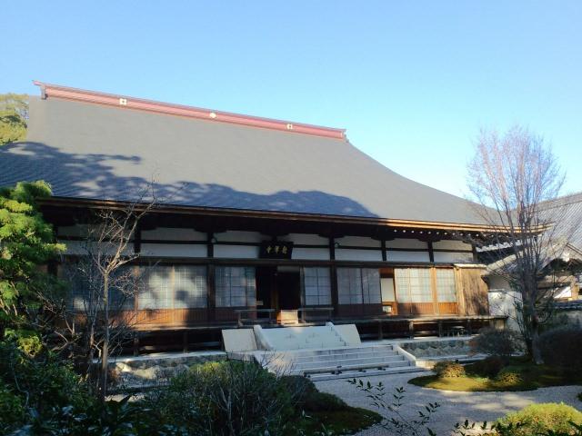 1. 歴史を感じる静岡の観光スポット「龍潭寺」