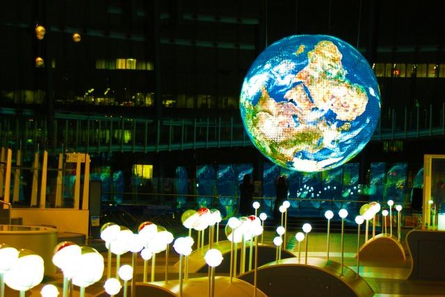 6. 体験も豊富なため、小学生でも楽しめる観光スポット!「日本科学未来館」