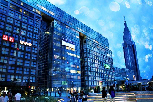 2. 歌舞伎町を観光するなら拠点はここに!「新宿駅」