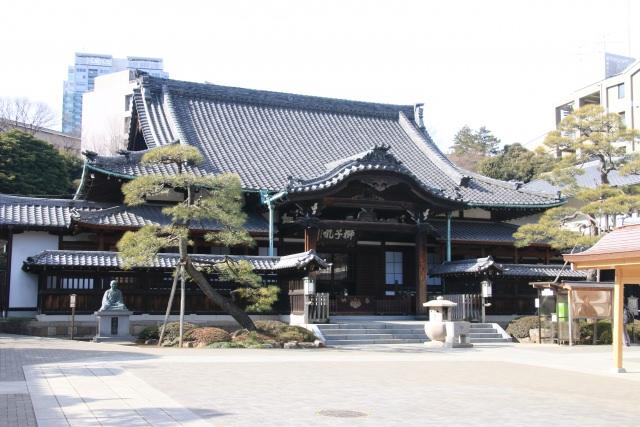 7. 日本の英雄へ祈りを捧げる。歴史好きには堪らない「泉岳寺」