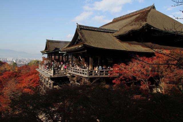 1. 清水の舞台で有名な「清水寺」