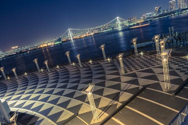 1. レインボーブリッジが見渡せる東京の夜景スポット「晴海ふ頭ターミナル」