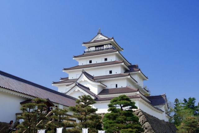 4. 630年の歴史をもつ福島の有名観光スポット「会津若松城」