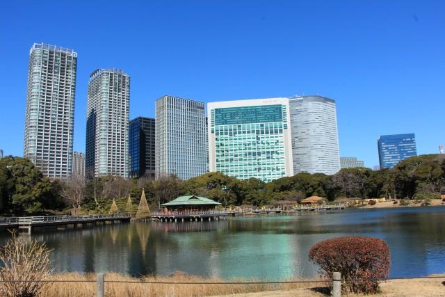 3. 東京で趣ある風情が楽しめる観光スポット!「浜離宮恩賜庭園」