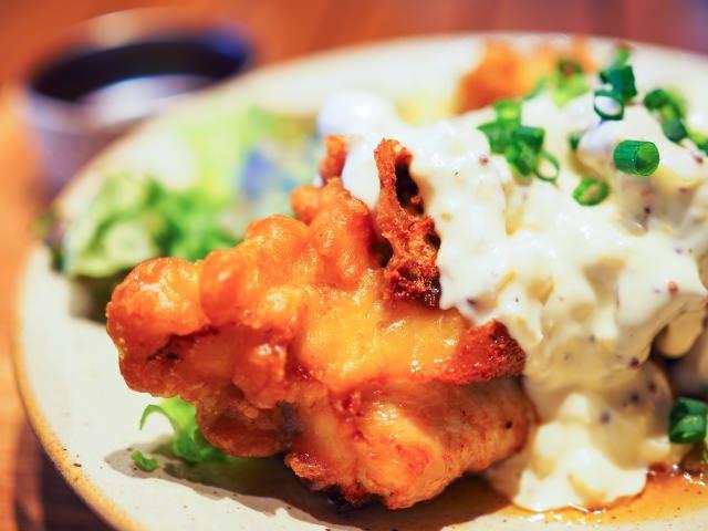 10. 宮崎県といえば、鶏肉!名産物をふんだんに味わうならこれ!「チキン南蛮」