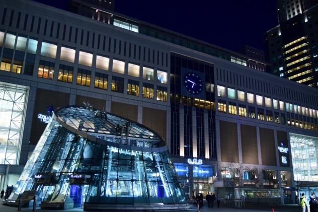 3. 札幌駅に直結した便利な駅ビルでショッピングを「札幌ステラプレイス」