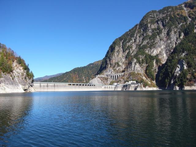 2. 北アルプスの大自然にある有名観光スポット、「黒部ダム」