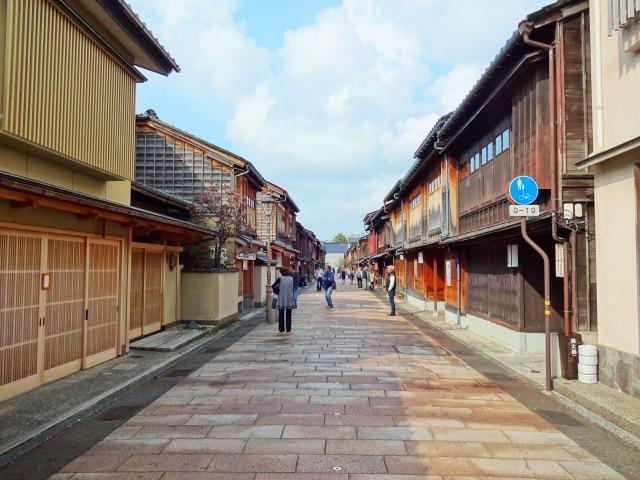 6. 金沢の茶屋街の中では最高級!観光ではぜひとも行きたい「ひがし茶屋街」