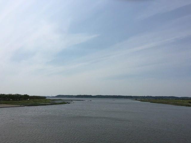 2. 夕日がスポットとして知られる成田の観光地「印旛沼」
