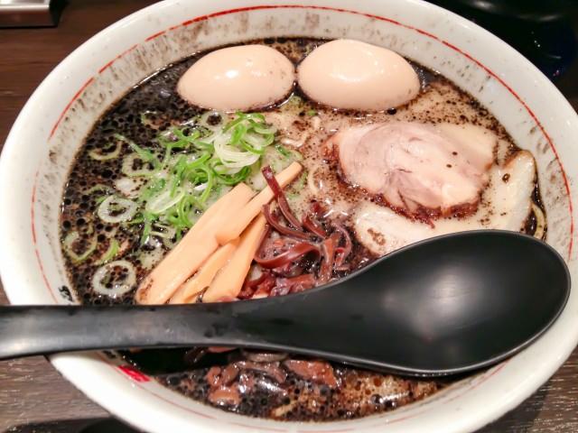 17. 【富山県】富山県は隠れたラーメンスポット!一度は食べたい「富山ブラック」