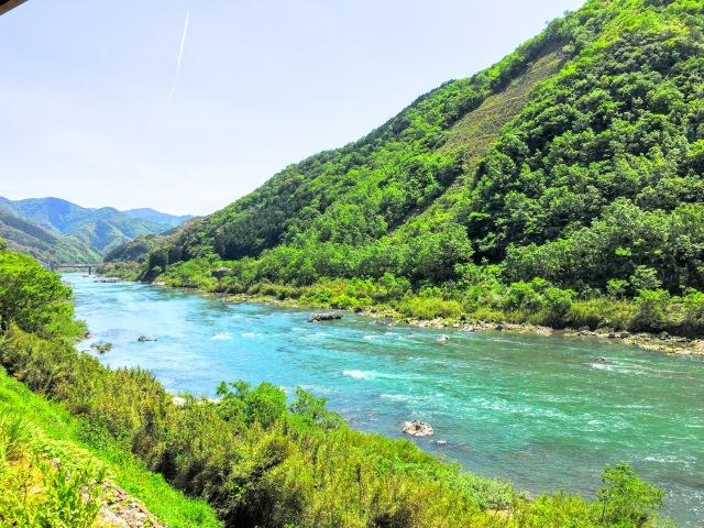 8. 雄大な自然に触れる。美しい清流「四万十川」