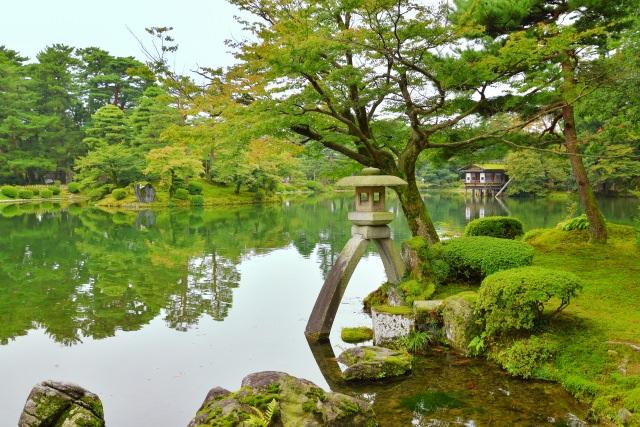 8. 石川県定番の観光スポット!優美な情景を味わう「兼六園」