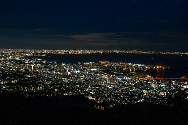 2. 日本三大夜景のひとつ!「摩耶山掬星台」