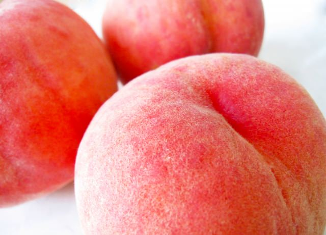 4. 福島のフルーツと言えばこれ!やっぱり現地で食べたい!「桃」