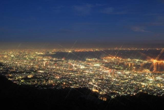3. 関西地方にある日本三大夜景スポット!「摩耶山」