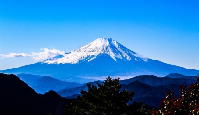 10. 日本のシンボルといえばここ!誰もが知ってる世界的有名な名所「富士山」